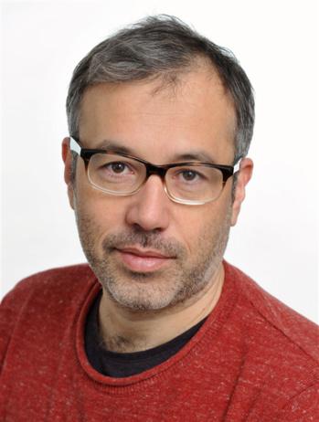 Martin Gibert : «Faire la morale aux robots»