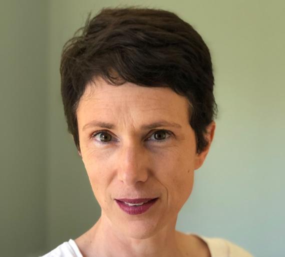 Guillemette Devernois au JDE : «Maladies rares : Il faut s'emparer des avancées de la recherche scientifique»